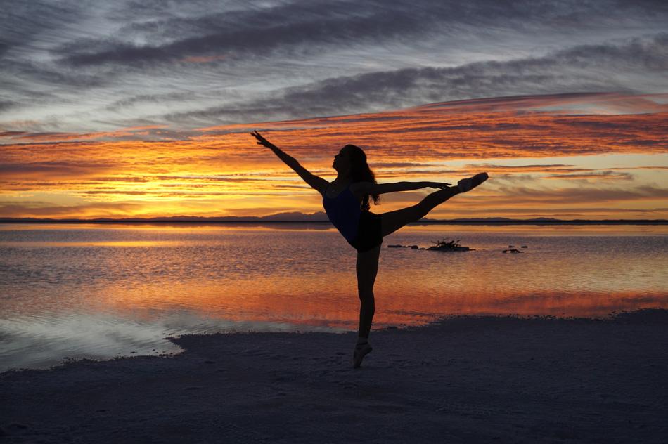Bonneville dancer